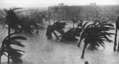 На нас идет ураган Айзек (ISAAС)