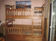 Двухъярусная детская кроватка