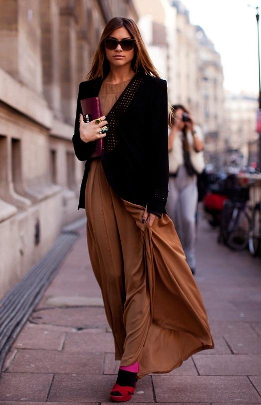Женщины в длинных юбках фото