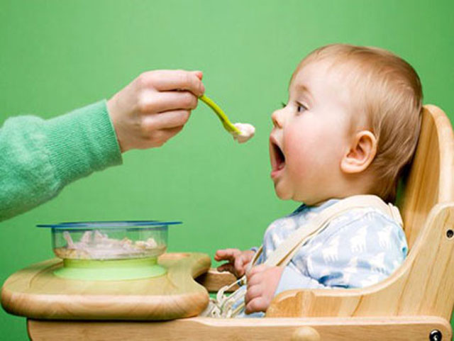 как прикармливать ребенка